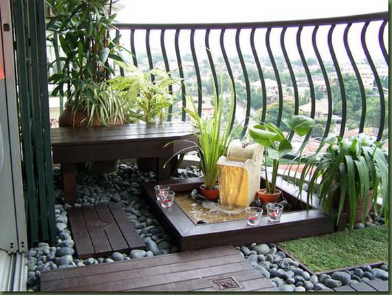 20 n pad pro mal balkony a lod ie d m n pad for Small balcony seating ideas