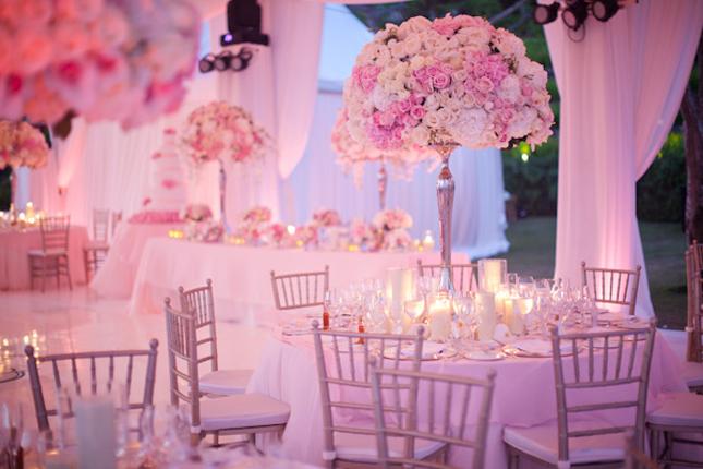4.3 Výzdoba v jemně růžové. Zdroj: bellethemagazine.com