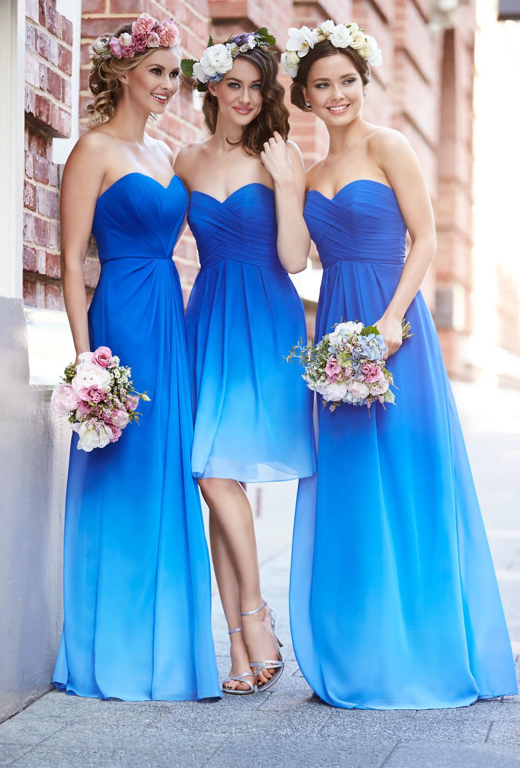 7.1 S úžasnými věnečky ve vlasech. Zdroj: bluebridesmaiddresses.com.au