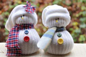 sněhulák z ponožek