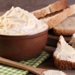Výroba domácího másla