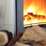 Návod, jak ušetřit za topení díky dřevěným peletám